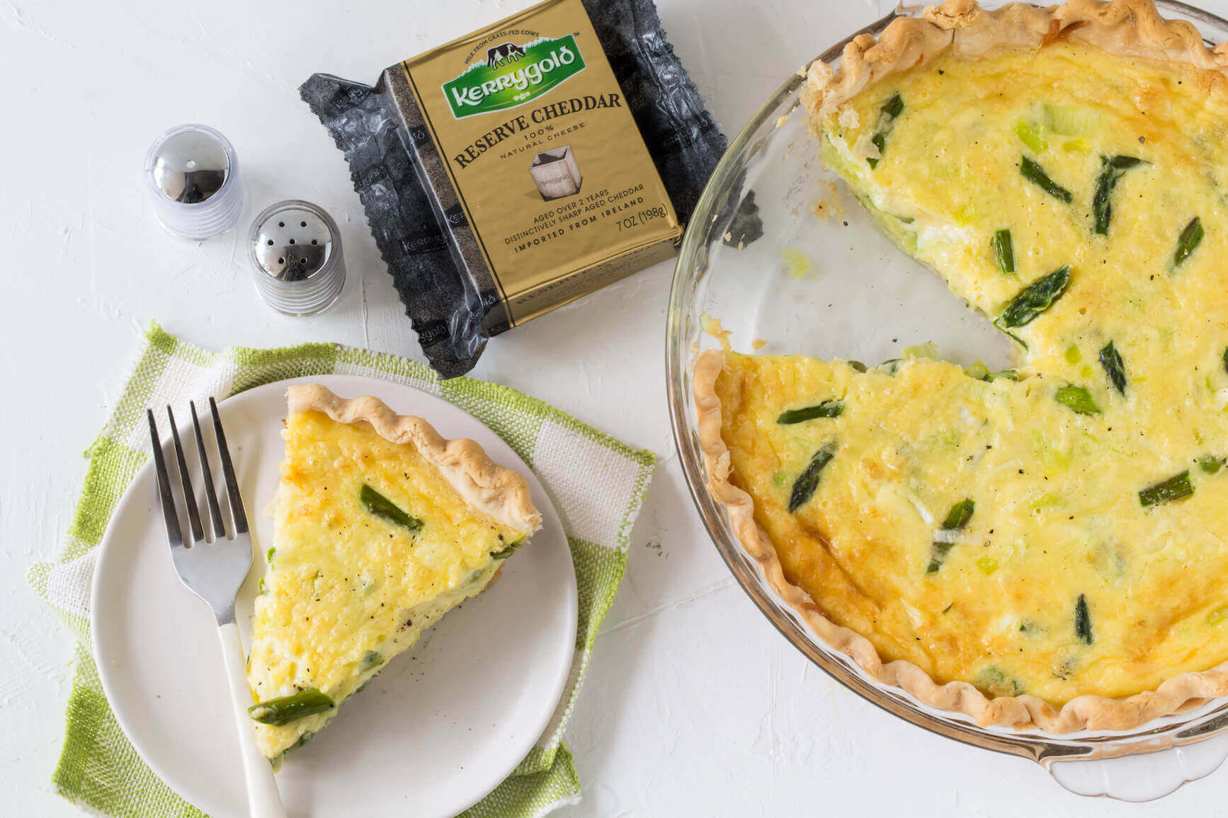 Kerrygold Quiche with Asparagus, Leeks and Kerrygold Reserve Cheddar Cheese